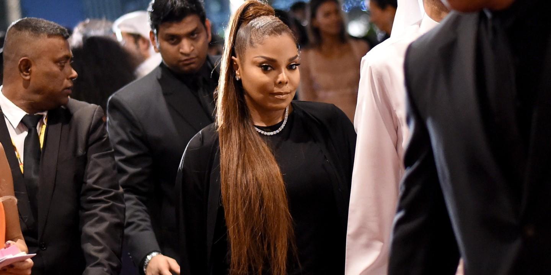 Vogue Fashion Dubai Experience - Gala Event Arrivals
